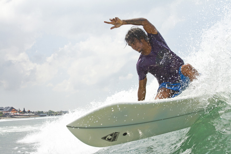 Side cut surfboards: Trinity Technologies developed an innovative Parabolic Rail System | Photo: Trinity