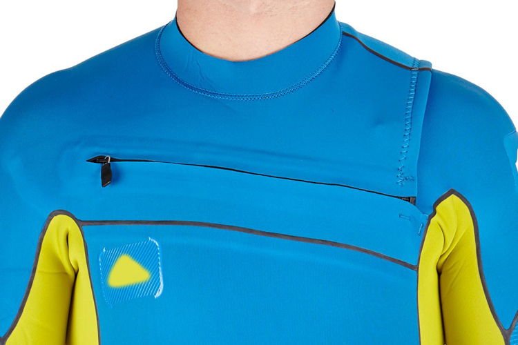 Chest zip wetsuit: hard to take it off