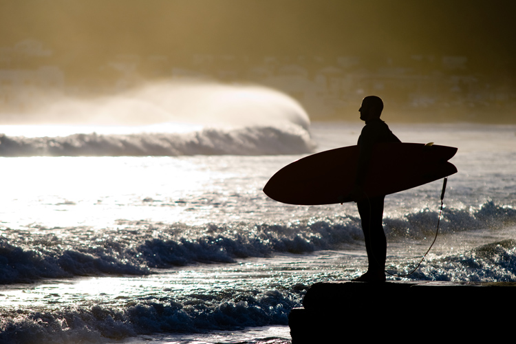 Mind surfing: train your brain an rehearse your surf movements   Photo: Shutterstock